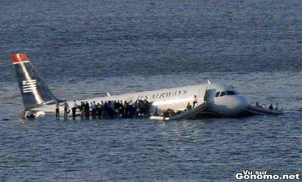 Amerrissage reussi d un Airbus a New York