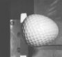 Video slow motion une balle de golf percutant un obstacle a plus de 250 kmh. Impressionnant !