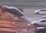 Accident peage : une voiture lancee a toute allure s envole au peage d autoroute !