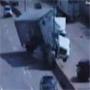 Accident spectaculaire sur l autoroute d un camion Pepsi qui traverse le terre plein central ! :o