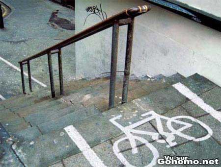 Un piste cyclable reservee aux bmx, aux riders ou freestylers !