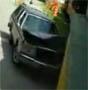 Cette automobiliste s est cru plus forte qu un train !
