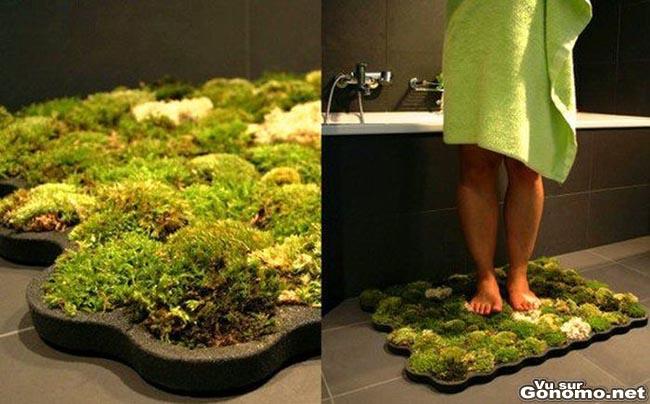 A l heure du tout bio, voici un tapis de salle de bain naturel avec de la mousse
