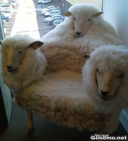 Mais il est completement hideux ce fauteuil :s