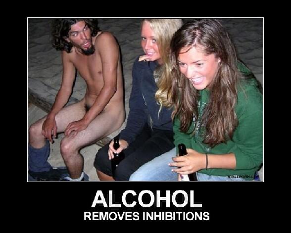 L alcool enleve les inhibitions et ces jeunes femmes en font l experience