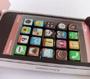 Un packaging insolite et design pour une boite de chocolat en forme d iPhone