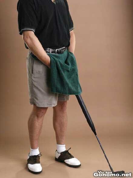 Invention insolite : un club de golf avec un reservoir pour faire pipi en plein parcours