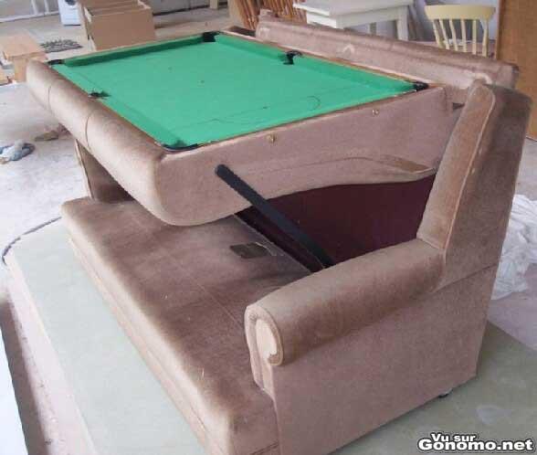 Un canape qui se transforme en table de billard ;)