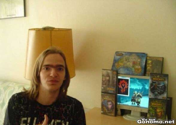 Wow addict : voila un beau specimen de fan de World Of Warcraft ! :)