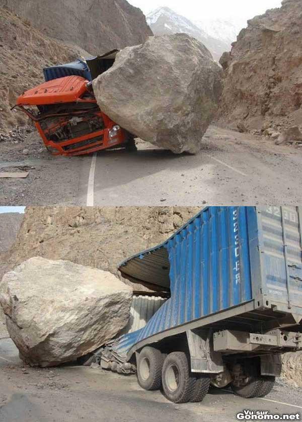 Attention chute de pierres : un camion litteralement explose par la chute d un gros rocher !
