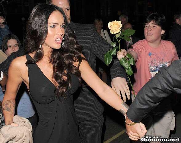 Il se prend un vent par la sexy Megan Fox