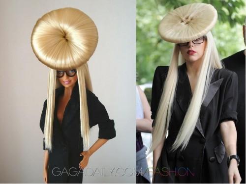 La poupee barbie de la chanteuse Lady Gaga aussi excentrique que l originale