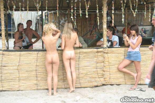 Tous les bars nus