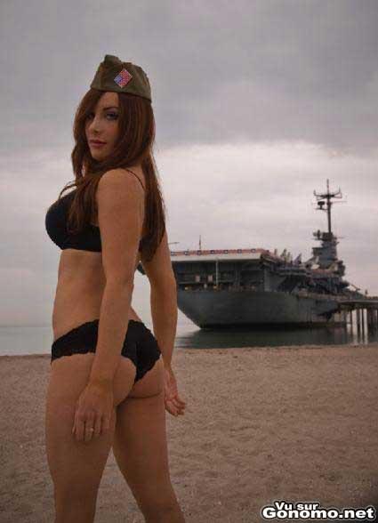 Engagez vous dans la marine avec cette jolie rouquine. Ca rime en plus ! :)