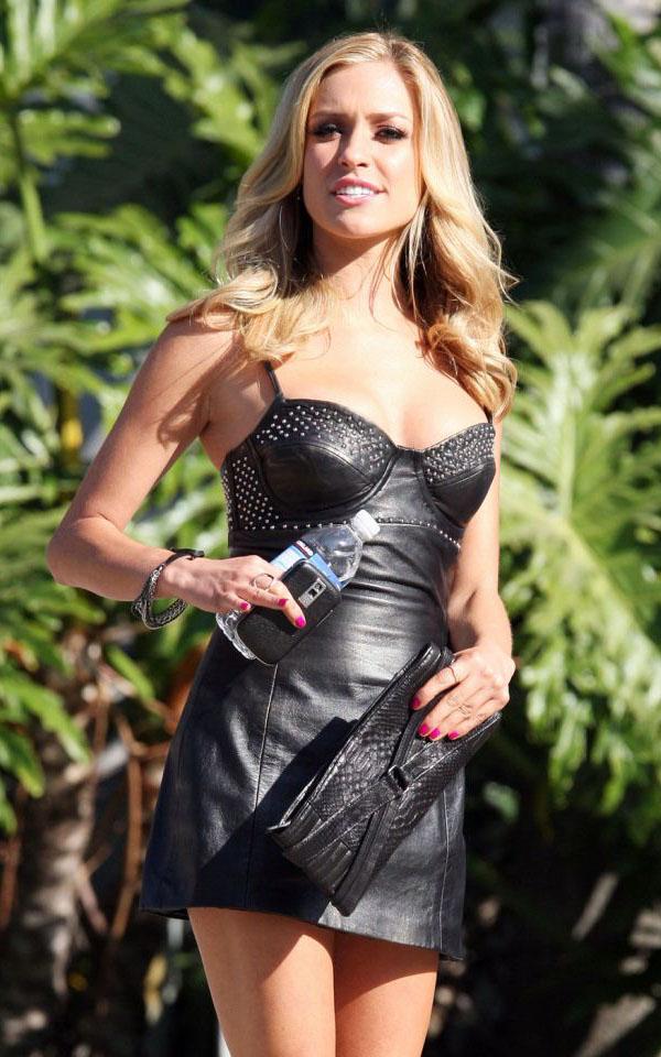 Kristin Cavallari de Laguna Beach the Hills, super canon dans sa robe noire en cuir :p