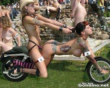 девушки голые и смешные фото