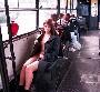 Une jolie rouquine nue sous son impermeable se fait une petite seance d exhib dans le bus