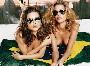 Les deux bombes bresiliennes Adriana Lima et Ana Beatriz Barros posent nues ensemble ! :p