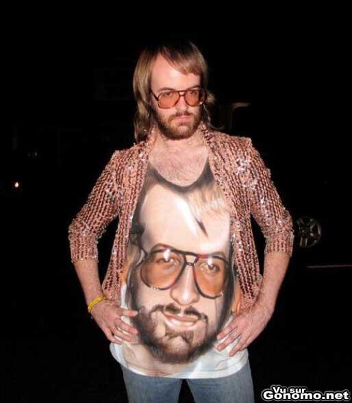 Tee shirt kitch : trop la classe ce tee shirt avec la bonne ganache barbue de son proprietaire